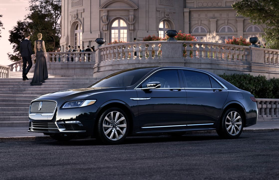 image article Lincoln Continental 2017 : la berline des présidents reprend son service dans le luxe d'exception